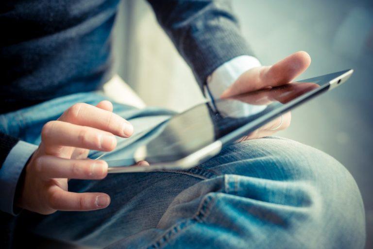 La tablette et sa traversée du temps