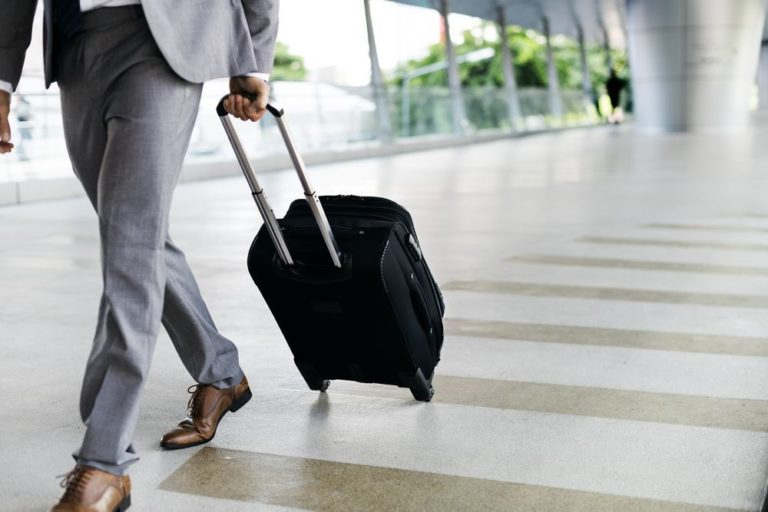 Comment bien organiser son voyage d'affaires?